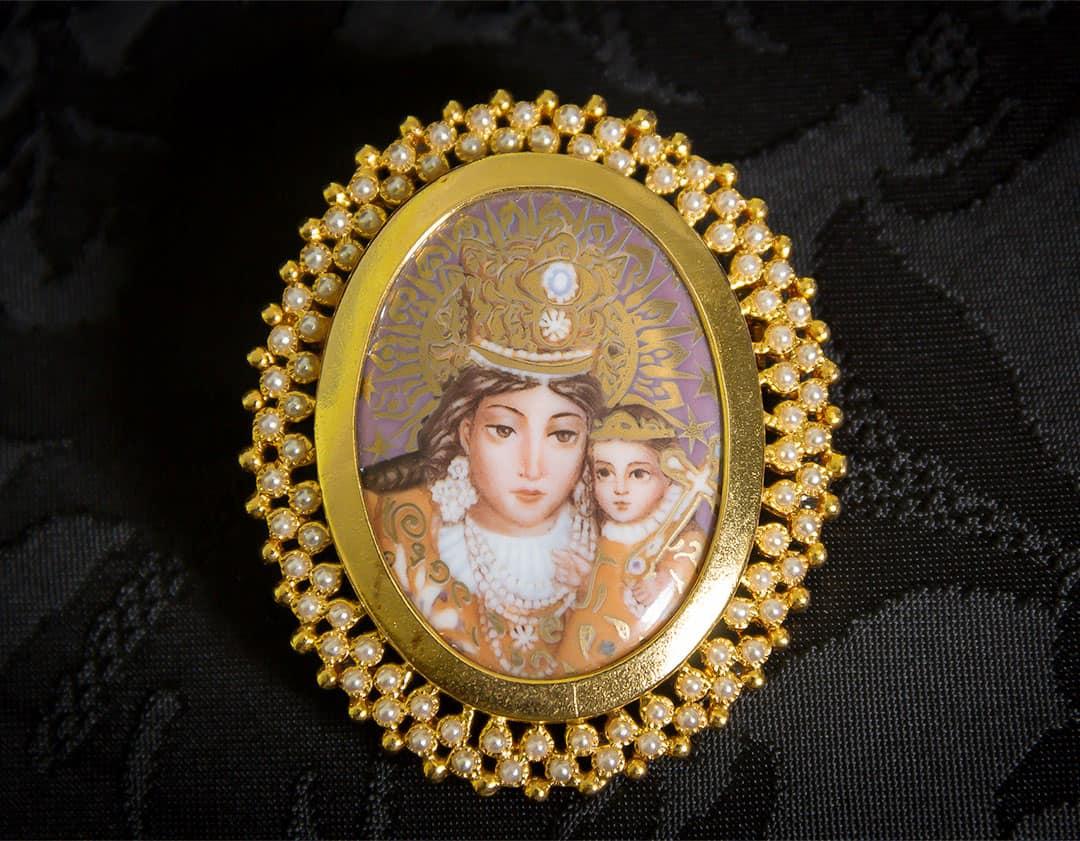 Colgante siglo XVIII esmalte ref. 3011 vd oro