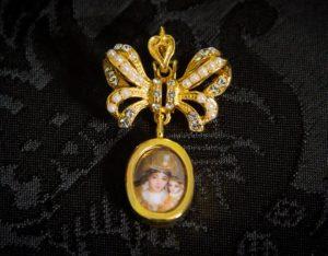 Colgante siglo XVIII pendentif ref. 3043 vd oro