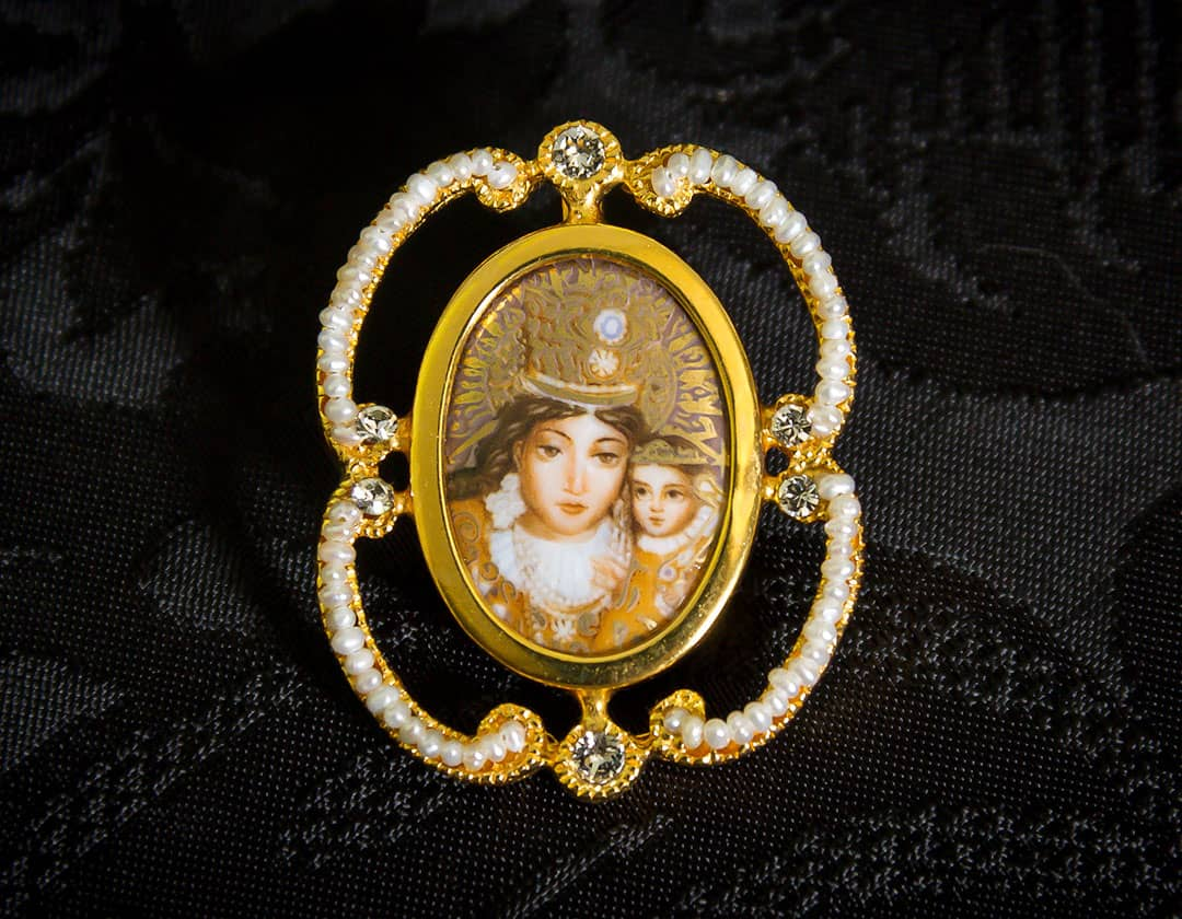 Colgante siglo XVIII esmalte ref. 3070 vd oro