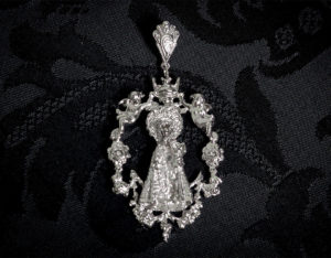 Medalla de la Virgen de los Desamparados ref. 45 rodio