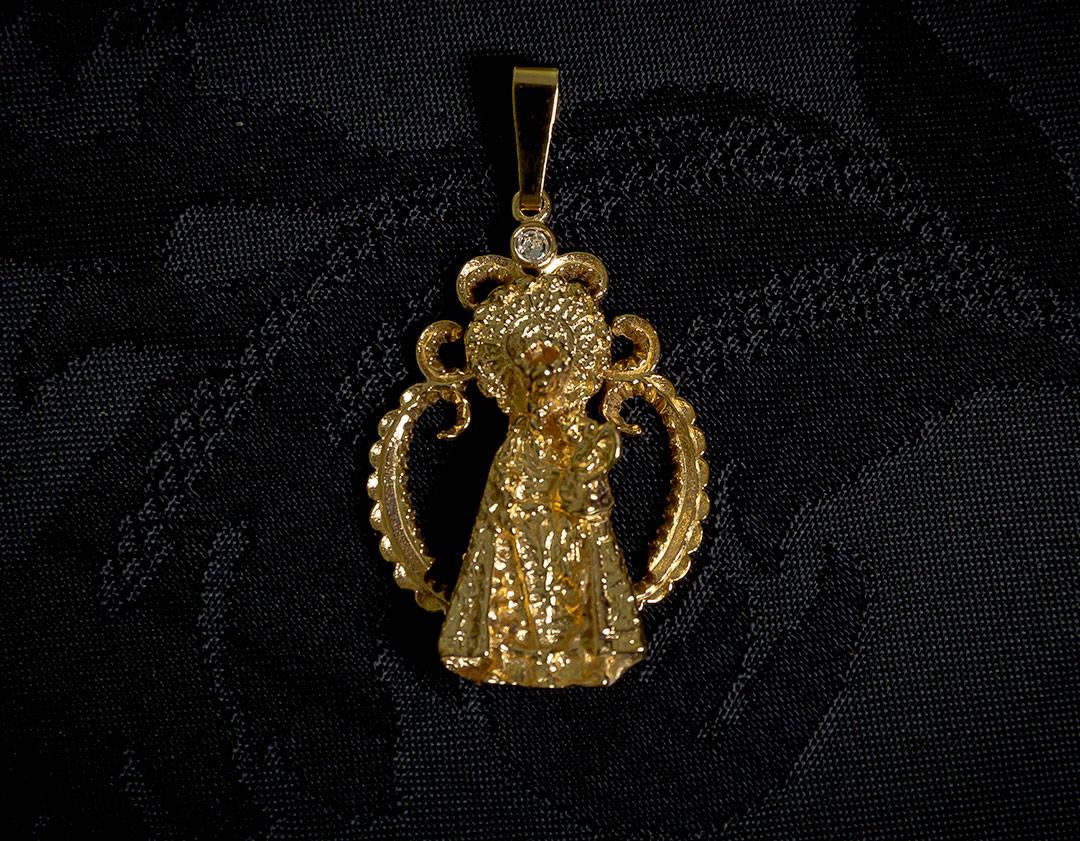 Medalla de la Virgen de los Desamparados ref. 49 oro