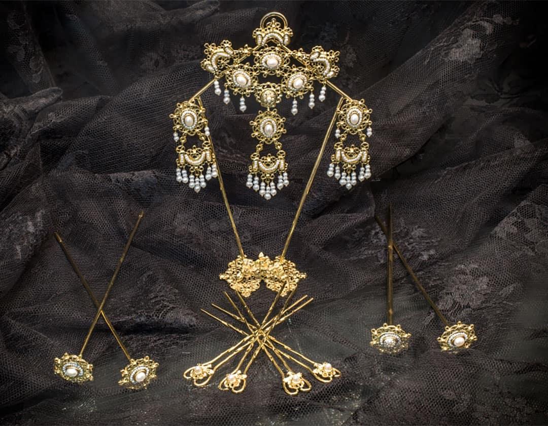 Aderezo del siglo XVIII en perla cultivada