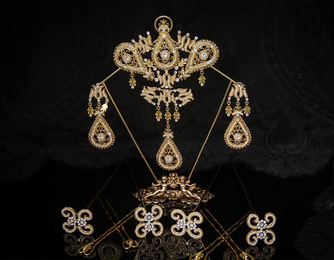Aderezo del siglo XVIII en cristal y perla cultiva