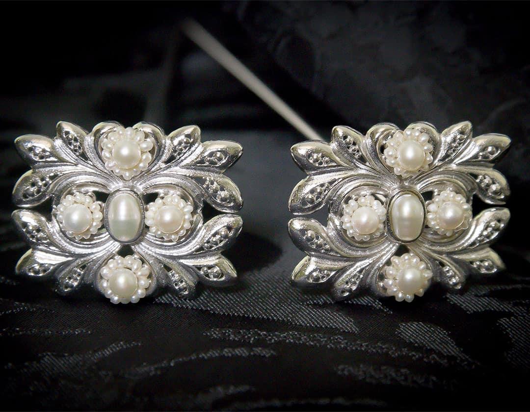 Aderezo del siglo XVIII en perla cultivada y rodio ref. m83