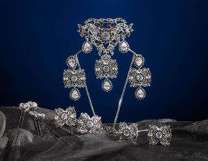 Aderezo del siglo XVIII en circonitas y cristal ref. m85