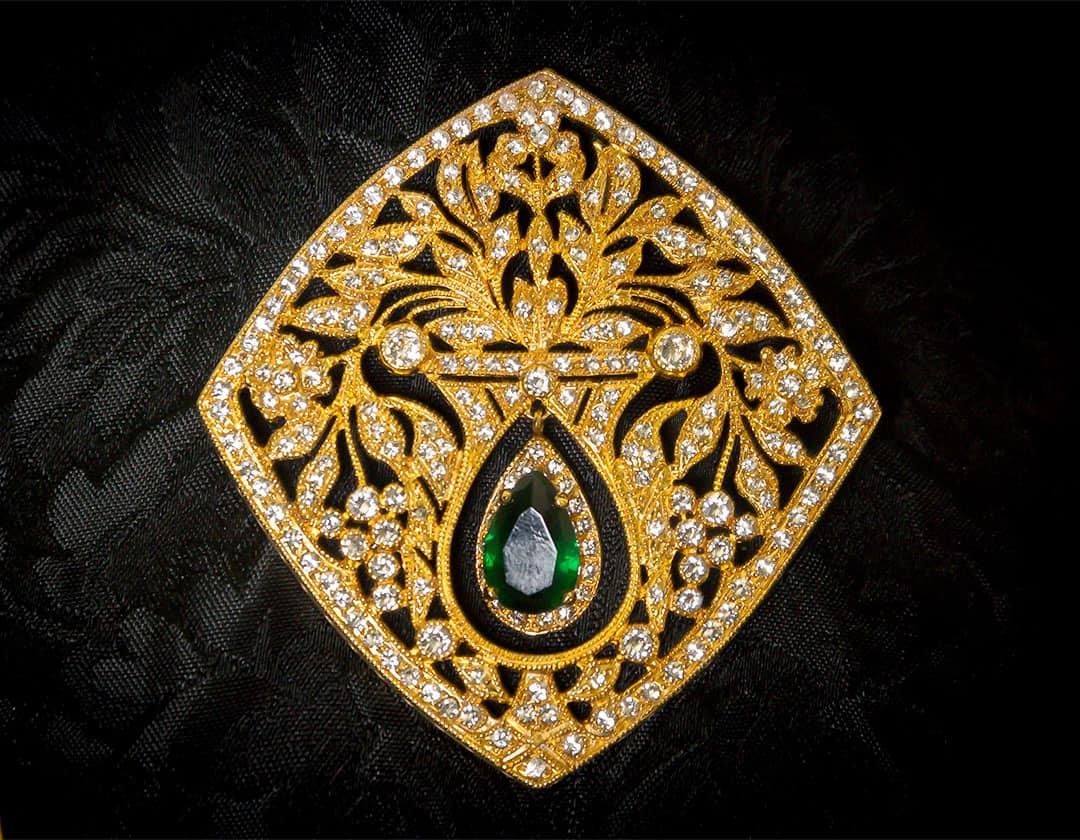Aderezo del siglo XVIII ref. m160 esmeraldas
