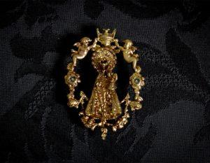 Broche de la Virgen de los Desamparados ref. 45 bronce inglés