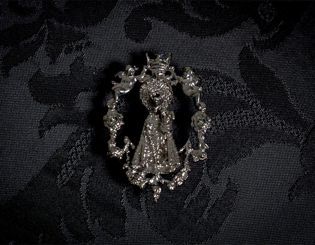 Broche de la Virgen de los Desamparados ref. 45 rutenio