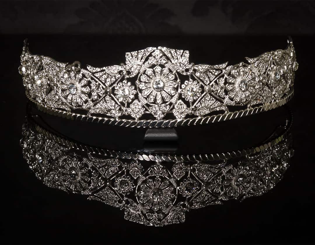 Tiara de ornamentación modernista ref. 83