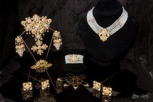 Aderezo del siglo XIX modelo del racimo en perla y oro ref. C-19