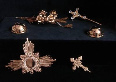 Piezas Corona Virgen Salud